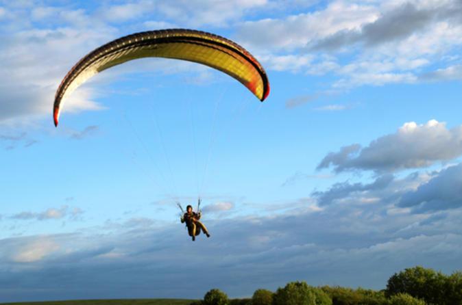 Paragliding in Fiji